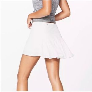 Lululemon Circuit breaker white tennis skirt